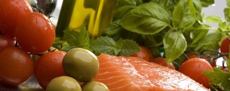 Средиземноморскта диета намалява прогресията на атеросклероза в проучването PREDIMED
